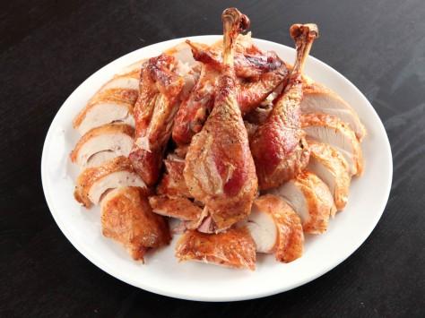 20121103-how-to-carve-turkey-kenji-20.jpg